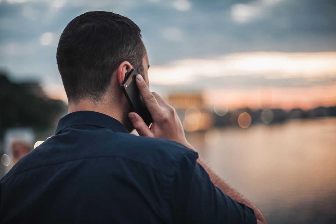 Ligorna bluffar till sig pengar – via telefon.