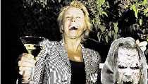 """Arja Skålar för segern Arja ser Lordis seger som en rensning i Melodifestivalsjälen. """"De lyckades väcka alla länders sympati. Och dessa underbara gulliga monstermaskar"""", säger Arja."""