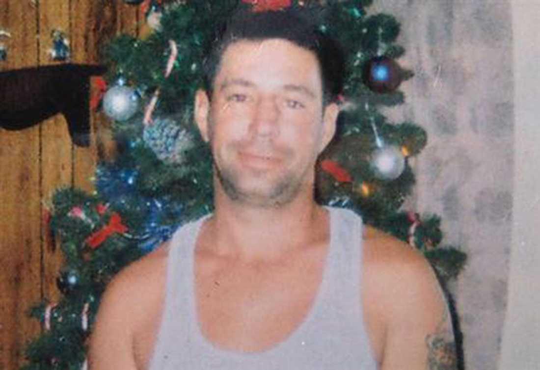 Jeff Bush försvann i ett slukhål som plötsligt skapades i hans sovrum.