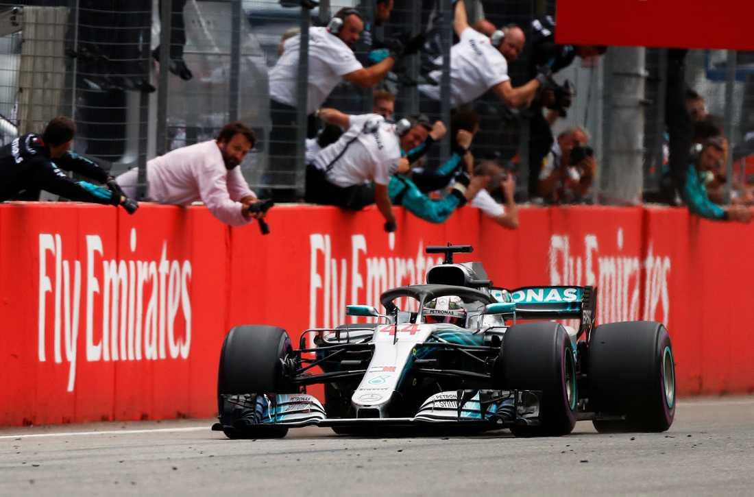Lewis Hamilton körde hem Tyskland GP – efter att ha startat på 14:e plats.