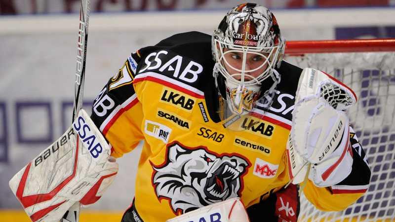 Luleås målvakt Johan Gustafsson har skrivit NHL-kontrakt.