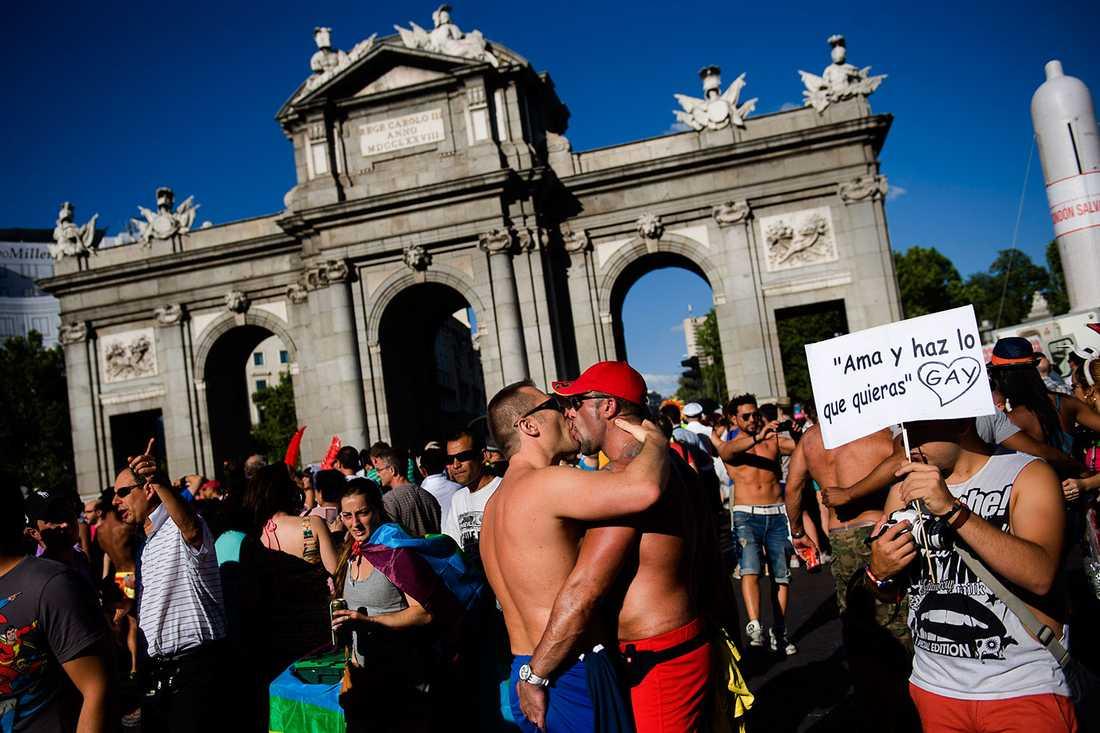 MEST HBTQ-VÄNLIGA LANDET I en nyligen genomförd undersökning sade sig 88 procent av invånarna i Spanien acceptera hbtq-personer, ne procent fler än i Tyskland.