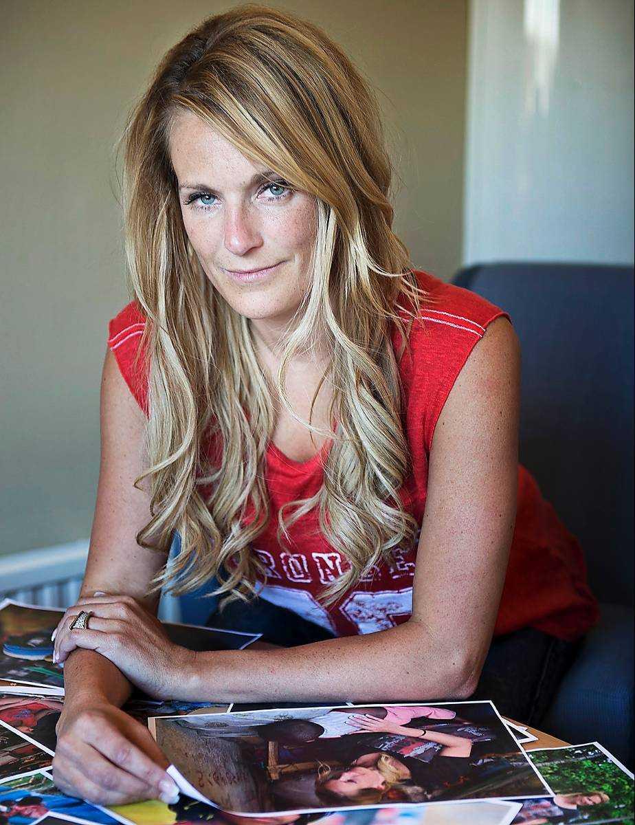 Laila Bagge Wahlgren fick massiv kritik efter ett blogginlägg om en hemlös man som hade mobiltelefon.