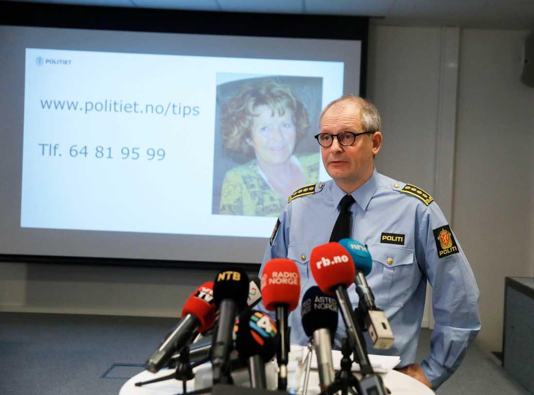 Förundersökningsledare Tommy Brøske efterlyser tips i sökandet efter försvunna Anne-Elisabeth Falkevik Hagen, 68.