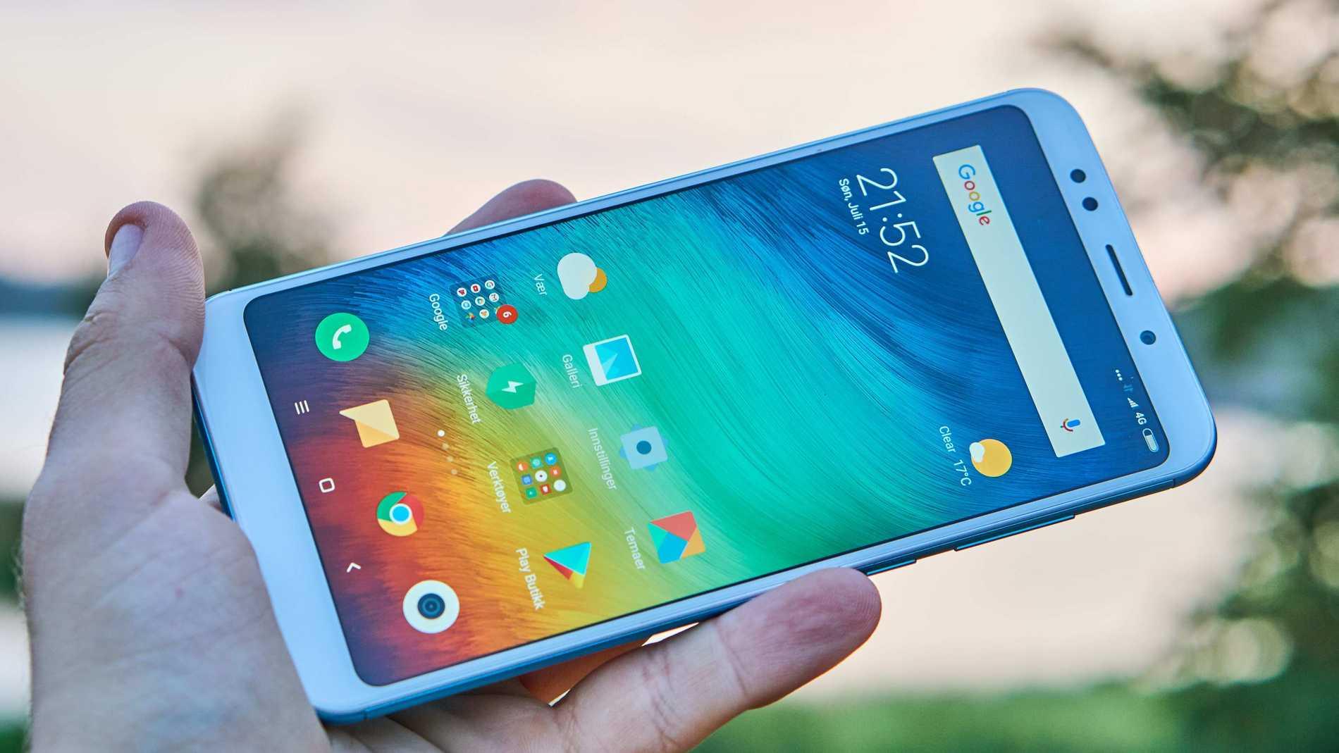 Xiaomi Redmi 5 Plus har en avlång och bra skärm.