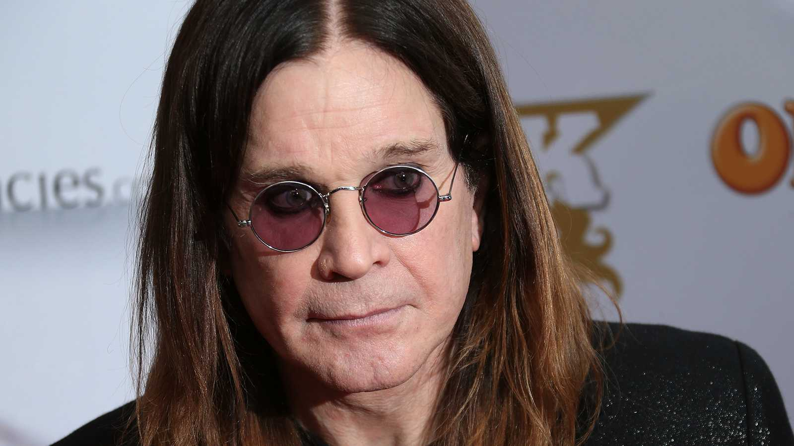 """""""No more tours II"""" skulle ha blivit Ozzy Osbournes andra och sista (?) avskedsturné i fjol. Men på grund av pandemin får 72-åringen vänta med att ta farväl av sin svenska publik till i februari nästa år."""