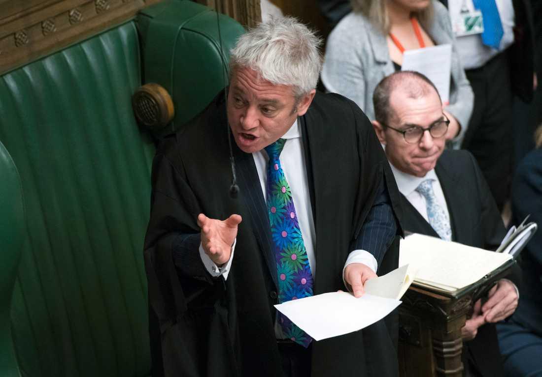 John Bercow tillhör egentligen Konservativa partiet, men är formellt oberoende som talman i det brittiska parlamentet. Bercow och vicetalmännen röstar endast i undantagsfall.