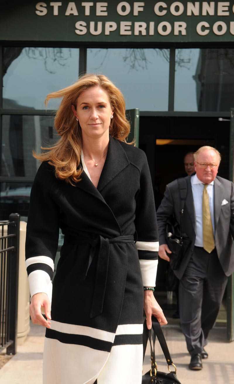 Svenska Maria Douglas-David vill ha mer pengar i sin skilsmässa med miljardären George David.