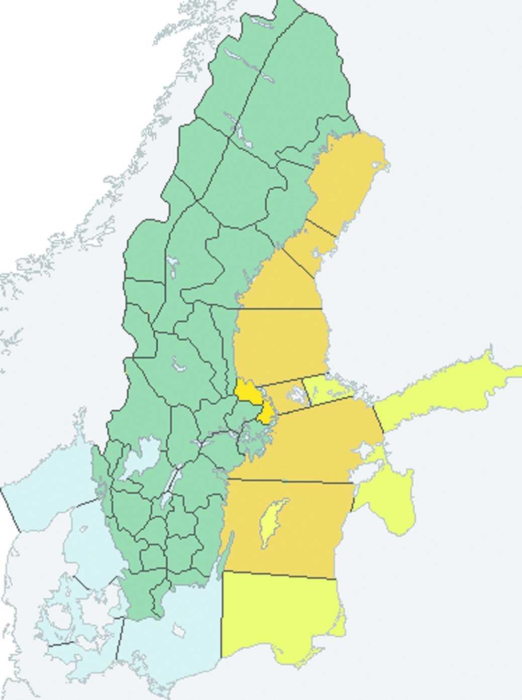 Här varnar SMHI i dag. Gult = klass 1 - kuling. Orange = klass 2 -storm.