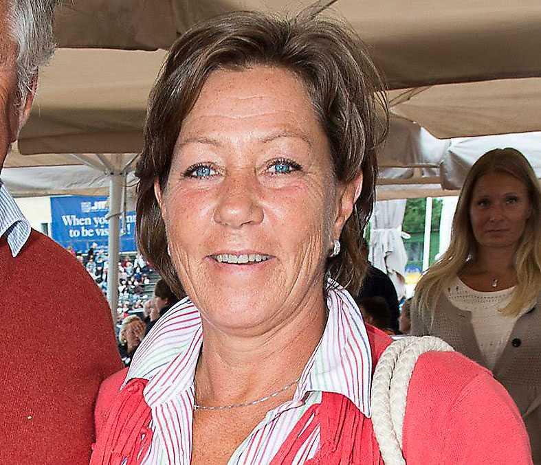 Ann Hagemann, 61 Ruuthsbo Gods utanför Ystad. Har begärt självrättelse för en utlandsförmögenhet på 65 miljoner kronor. Uppger till redaktionen att självrättelsen gäller ett arv efter hennes far, som var skriven utomlands.