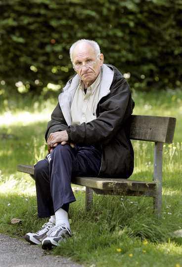 FÅNGE - I 67 DYGN Den svenske oljemäklaren Ulf Hjertström, 63, kidnappades i Bagdad den 25 mars. Efter 67 skräckfyllda dygn räddades han av brittisk säkerhetstjänst och fördes till Sverige.