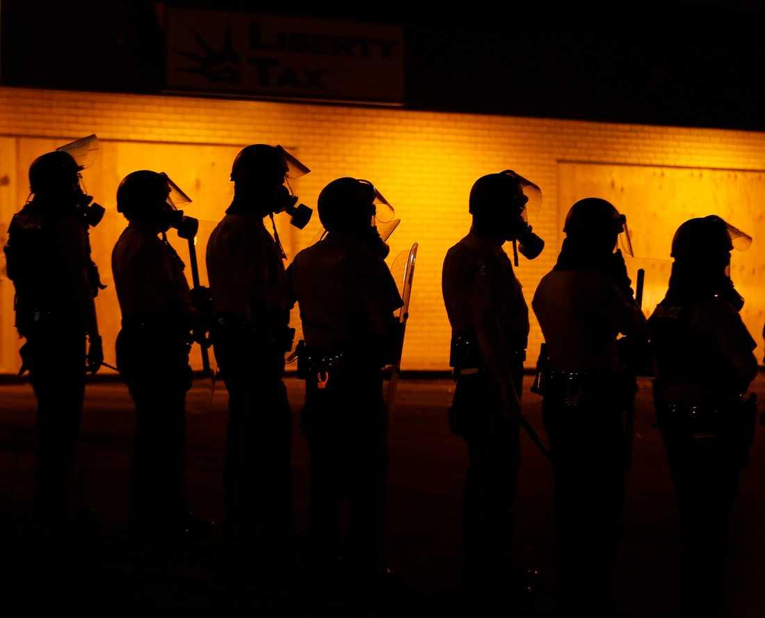 Nu skickas nationalgardet till Ferguson.