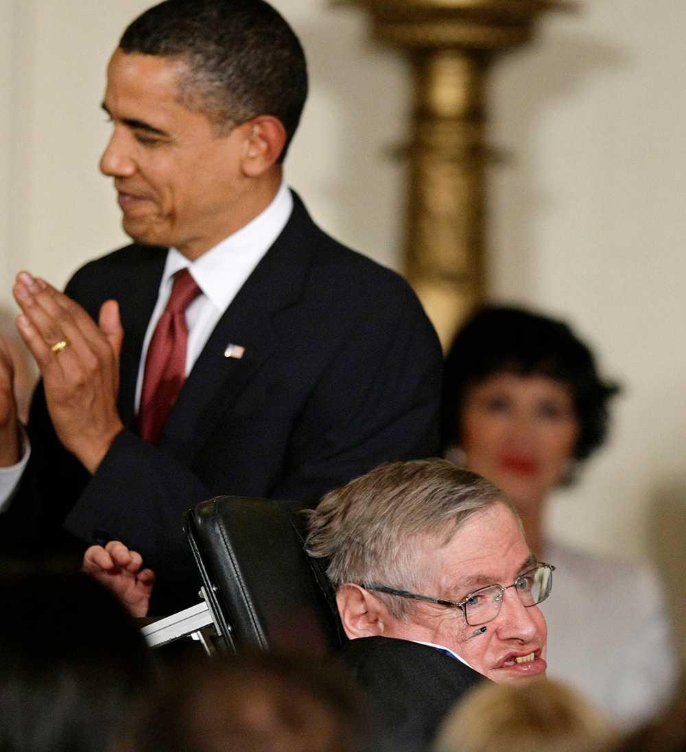 Hawking och Obama 2009.