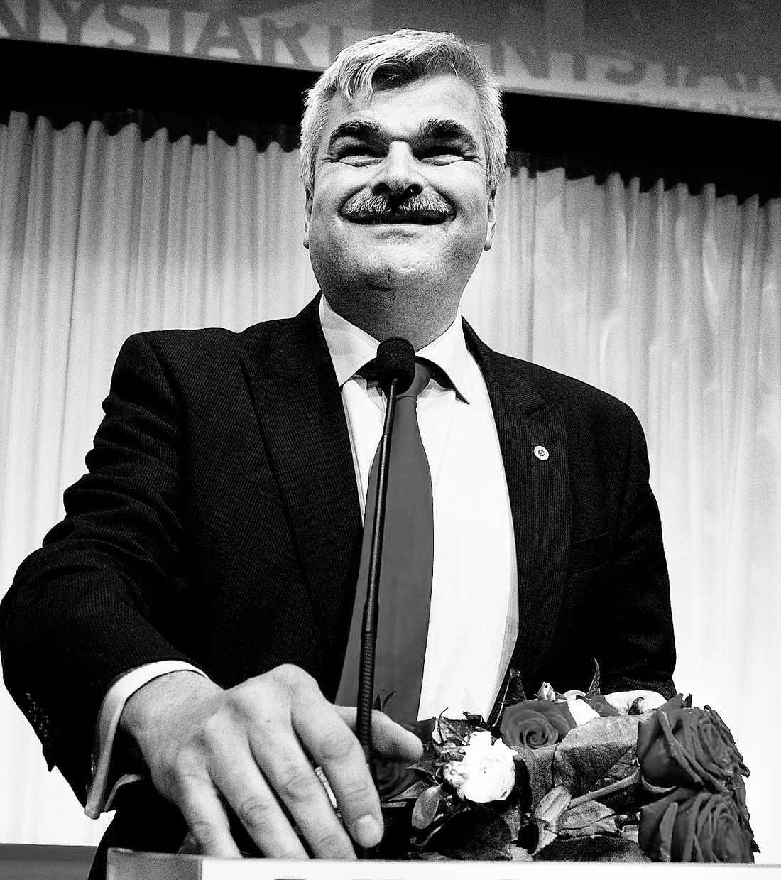 Håkan Juholt efter att ha blivit vald till partiledare för Socialdemokraterna 2013.