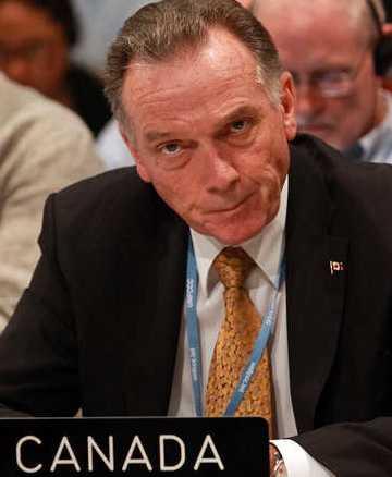 Miljöminister Peter Kent.
