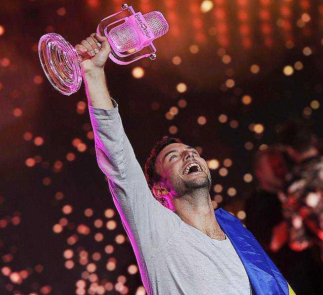 Måns har just vunnit Eurovision i Wien.