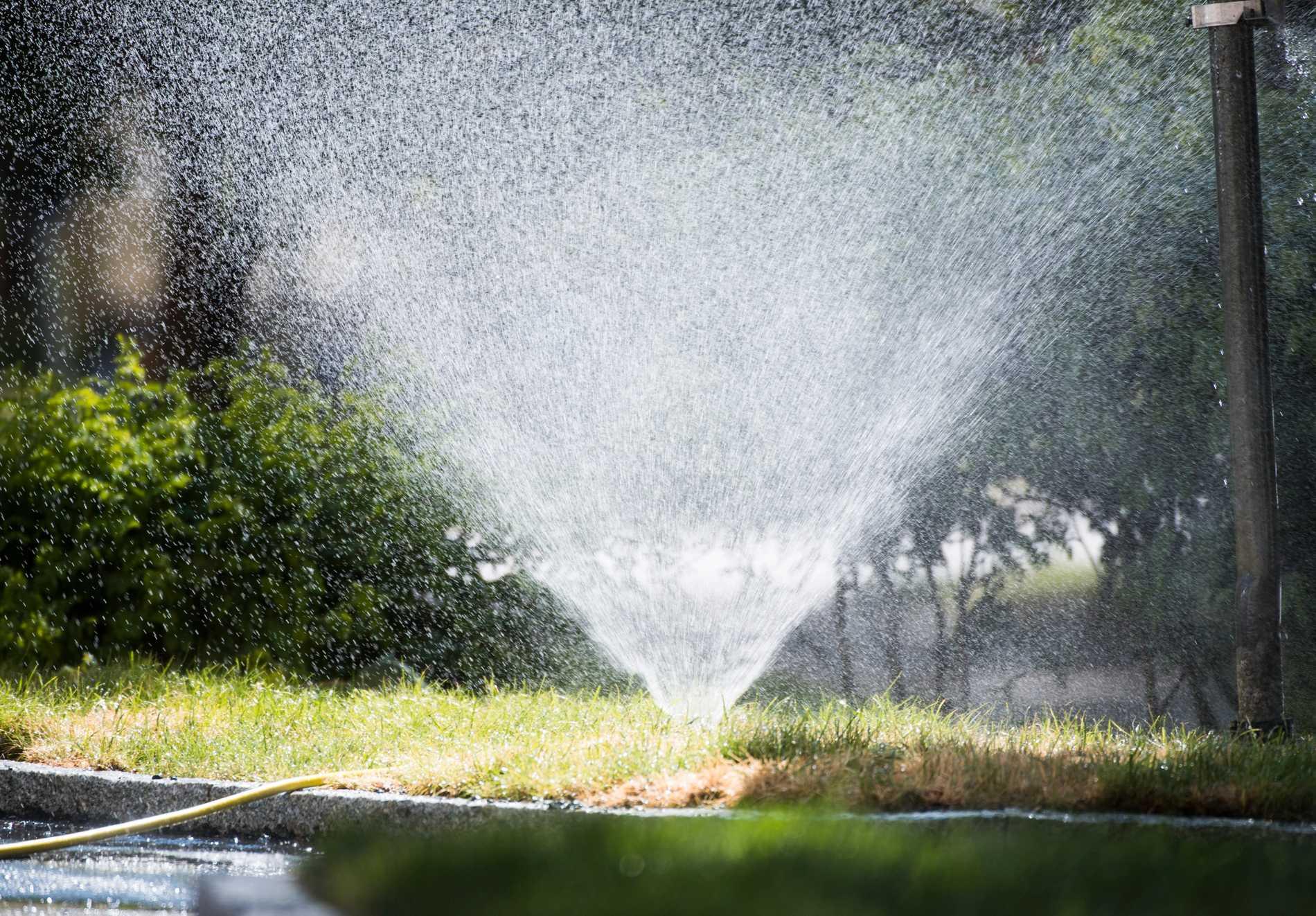 Invånarna i Bålsta och Åstorp får inte längre slösa på vattnet, till exempel vattna sina gräsmattor. Arkivbild.