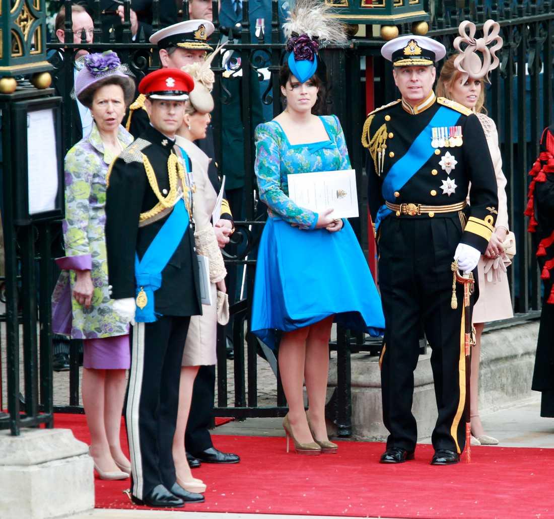 Från vänster: prinsessan Anne, prins Edward, prinsessan Eugenie, prins Andrew och prinsessan Beatrice.