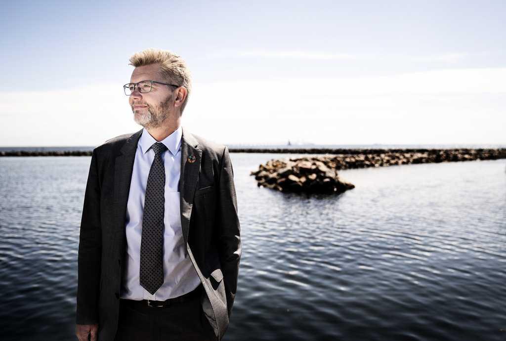 Köpenhamns överborgmästare Frank Jensen (S) avgick efter flera anklagelser om kränkningar mot kvinnor.