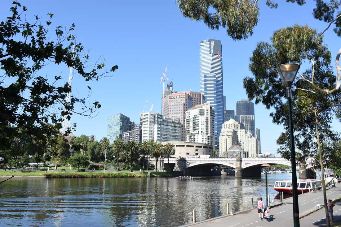 Melbournes stadskärna, Australien, vid Yarrafloden. Arkivbild.