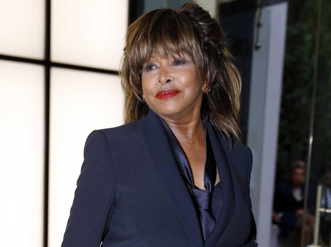 Tina Turner på modevisning i Milano 2015.