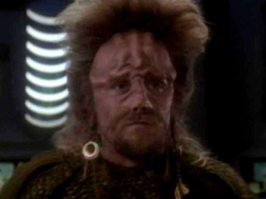 Cameron Thor som Narik i Star Trek.
