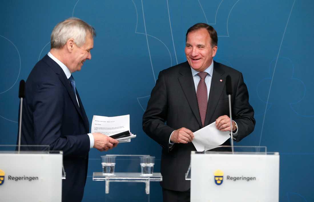 """""""Det är roligt att välkomna en partikollega"""", sade statsminister Stefan Löfven (S) om Finlands nytillträdde statsminister, socialdemokraten Antti Rinne."""