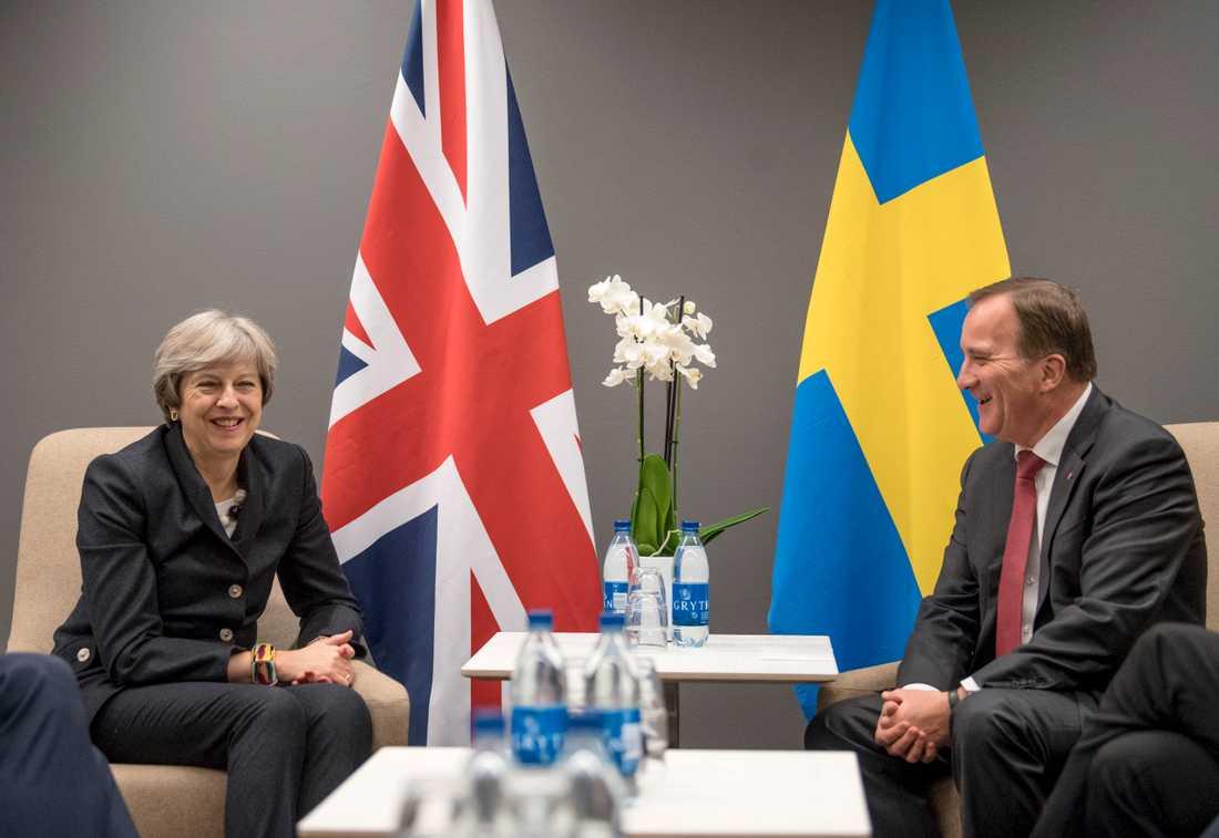Statsminister Stefan Löfven (S) tar emot Storbritanniens premiärminister Theresa May i Stockholm i dag. Arkivbild.