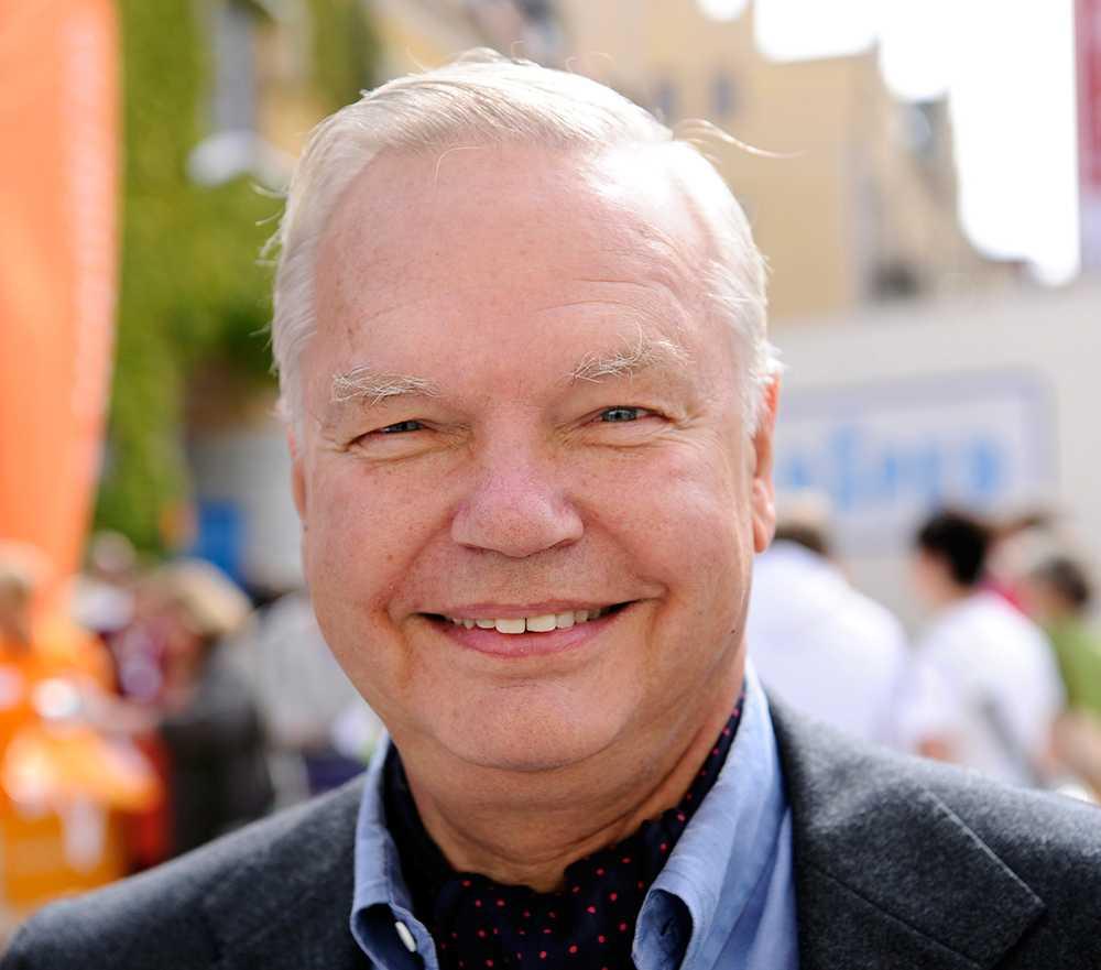 """Carl Jan Granqvist, 67 år, krögare, Stockholm """"Det finns bara ett enda råd och det är oavbruten kärlek. Det är det enda som räknas."""""""