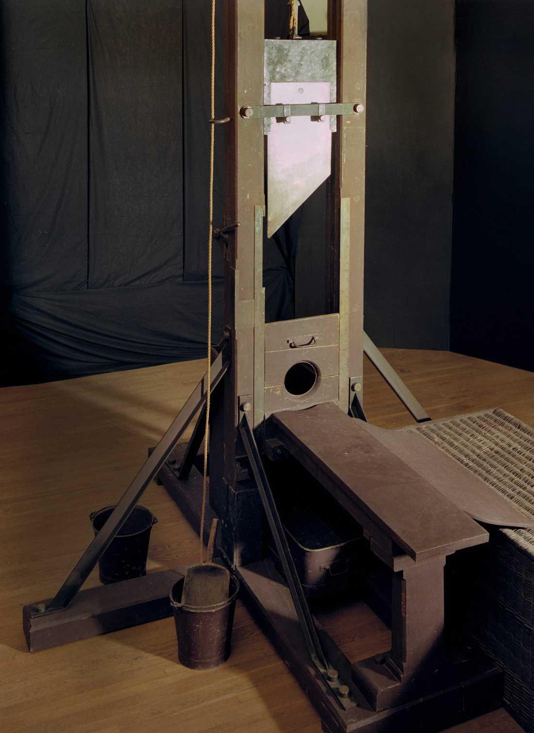 Det var både första och sista gången giljotinen användes. Den finns nu på Nordiska museet i Stockholm.