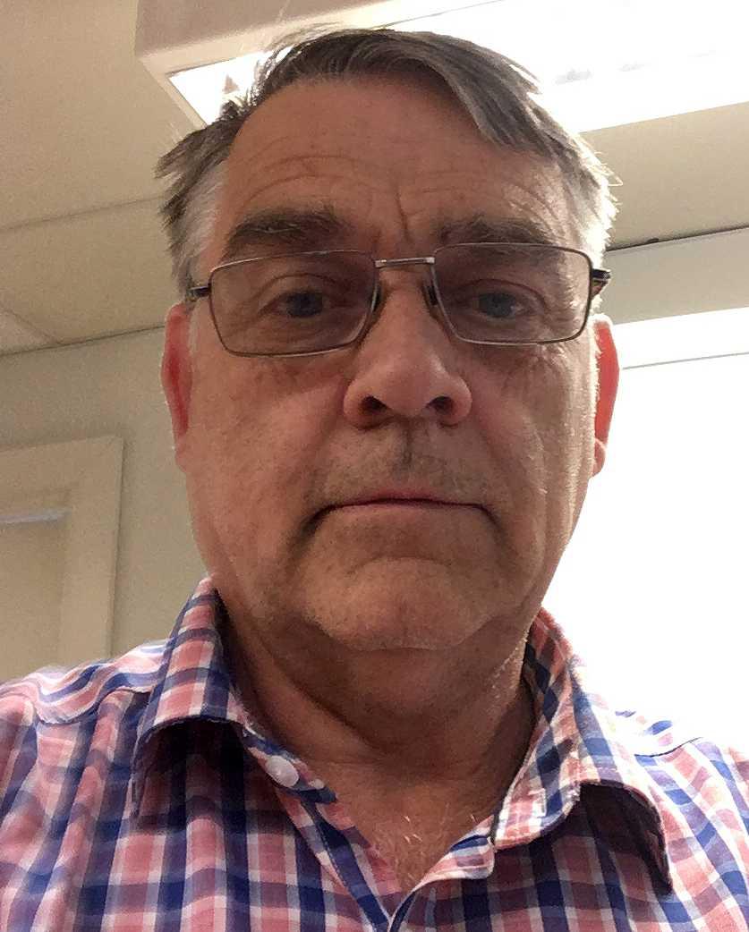 Hans Halvarsson, 66, driver spelbutiken Jürss Spel och Tobak i Katrineholm.
