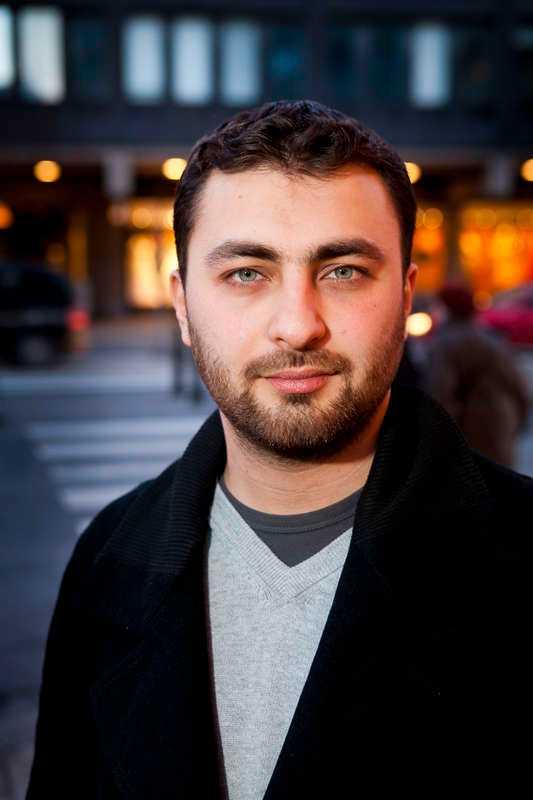 Var inte populär Omar Mustafa blev invald till Socialdemokraternas partistyrelse den 7 april i år. Han blev inte kvar en hel vecka. Den 13:e lämnade han alla uppdrag efter att det uppdagats att han bjudit in kända antisemiter att tala för Islamistiska förbundet.