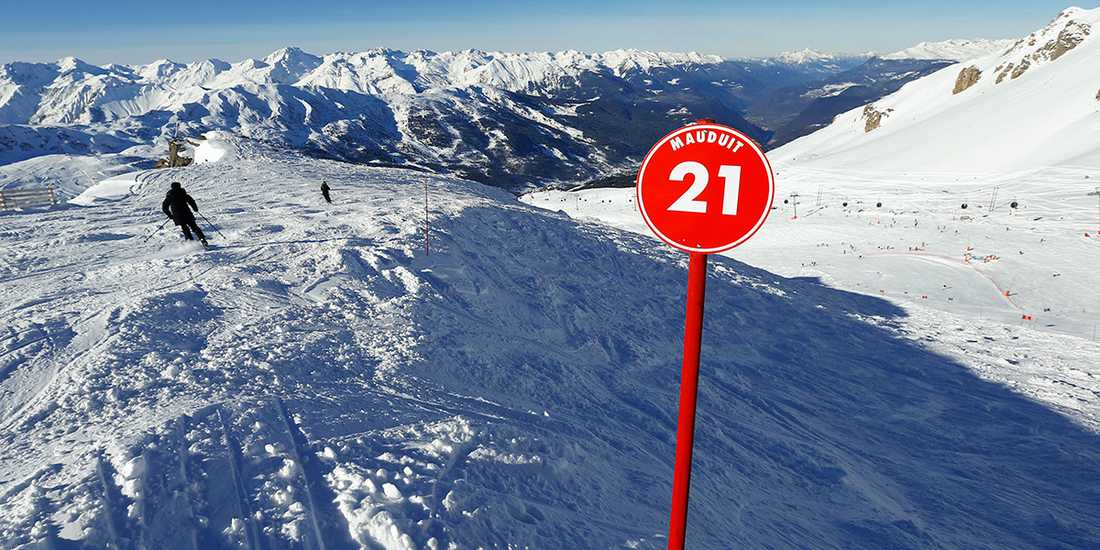 Berget Saulire i skidorten Meribél där det skedde.
