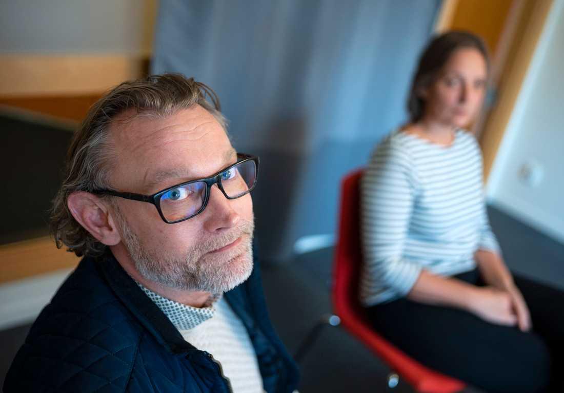 """""""Man har status, man är någon och man har pengar. Att lämna det är också en sorg och en förlust"""", säger Fredrik som arbetar med avhoppare i Malmös konsultationsteam."""