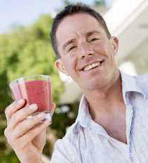 Jason Wale vill hjälpa andra att förändra sitt liv med juice.