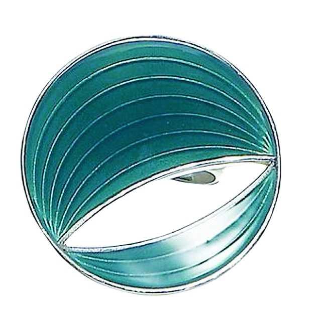 """Denna tjusiga turkosa ring från Pilgrim mäter cirka tre centimeter på bredden, heter """"Bright eye"""" och kostar 315 kronor på www.jewel.se"""