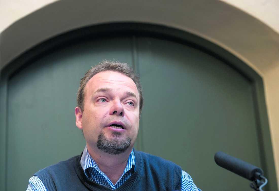 """""""Orkade inte mer"""" Sven Otto Littorin bryter nu tystnaden efter en vecka och talar ut i en stor intervju med Dagens Nyheter. Han vill inte berätta var han befinner sig, men besvarar frågorna som"""