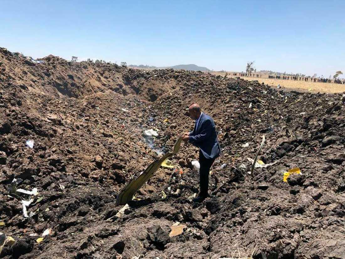 Bild från Ethiopian Airlines facebooksida på olycksplatsen.
