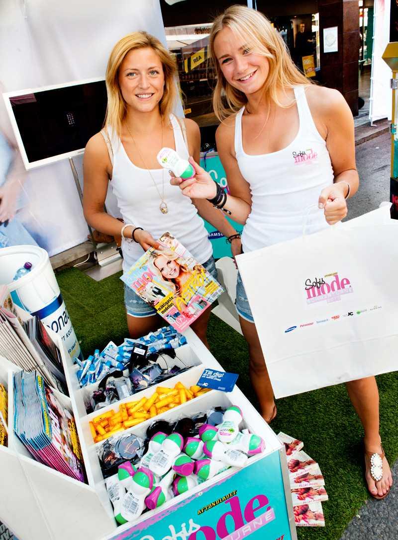 Några av alla fina presenter som delades ut till besökarna av Sofis modes härliga sommartjejer.