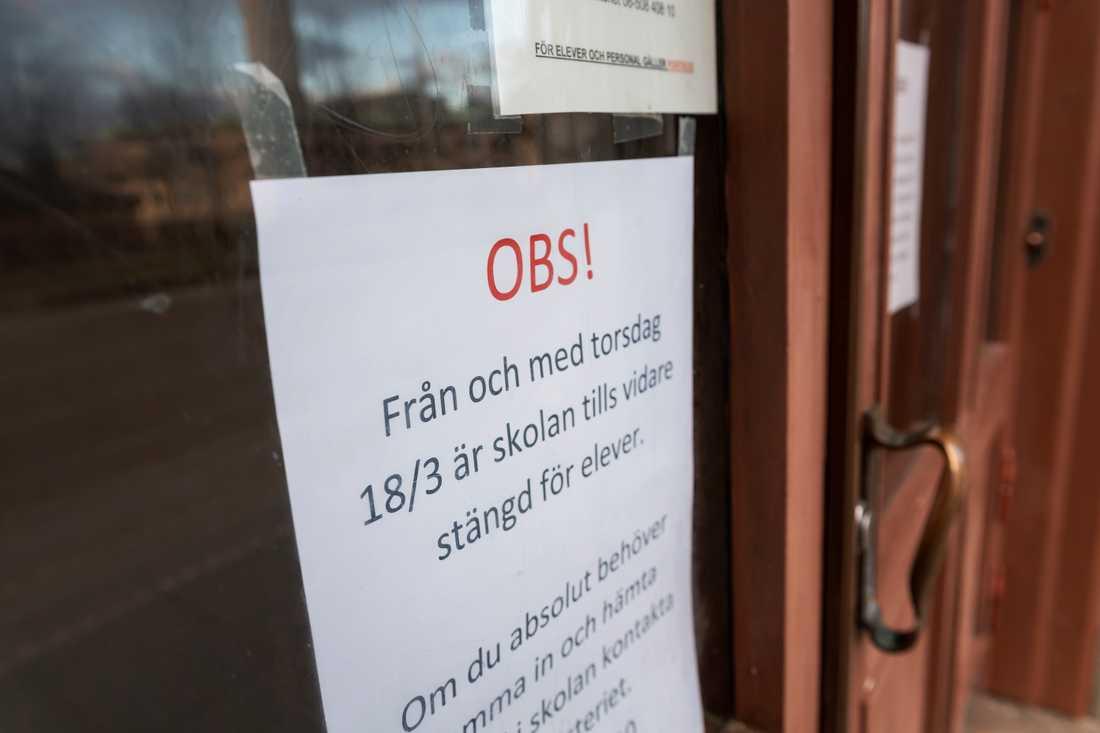 Landets gymnasieskolor har hållit stängt sedan den 18 mars. Tomma lokaler på gymnasieskolan Södra Latin i Stockholm. Arkivbild.