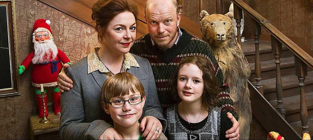 Hela familjen samlad på Greveholm.
