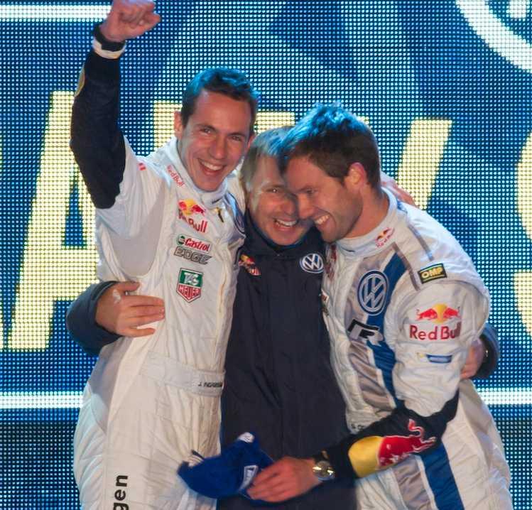 Sebastien Ogier och Julien Ingrassa, Frankrike, VW Polo WRC vann Rally Sweden, här med VW:s Motorsportchef, Jost Capito.