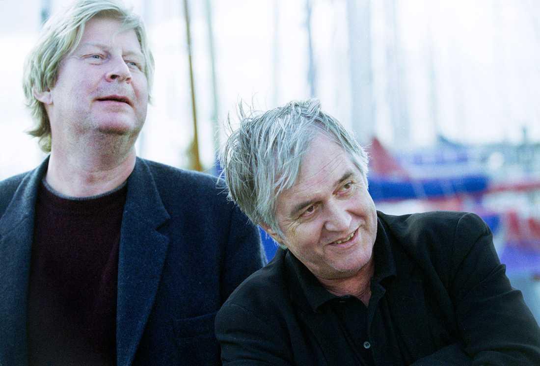 """Rolf Lassgård och Henning Mankell inför inspelningen av """"Villospår"""" 2000."""