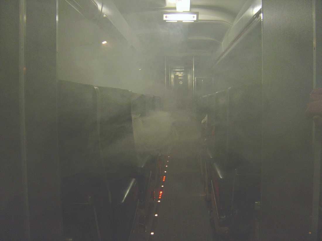 Ett British Airways-flygplan rökfylldes och tvingades nödlanda.