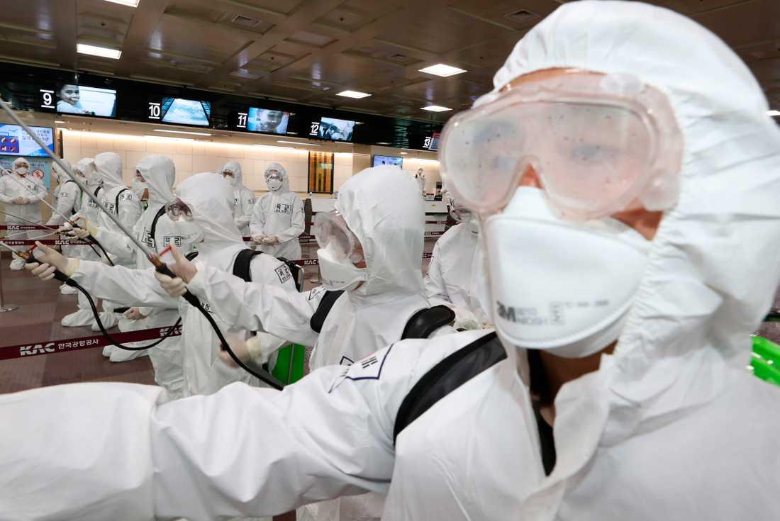 Viruset skrämmer slag på finansmarknaderna. Arkivbild.