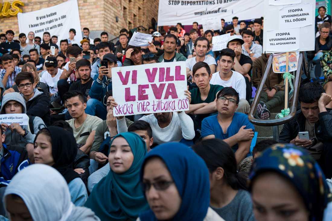 Manifestation på Medborgarplatsen.