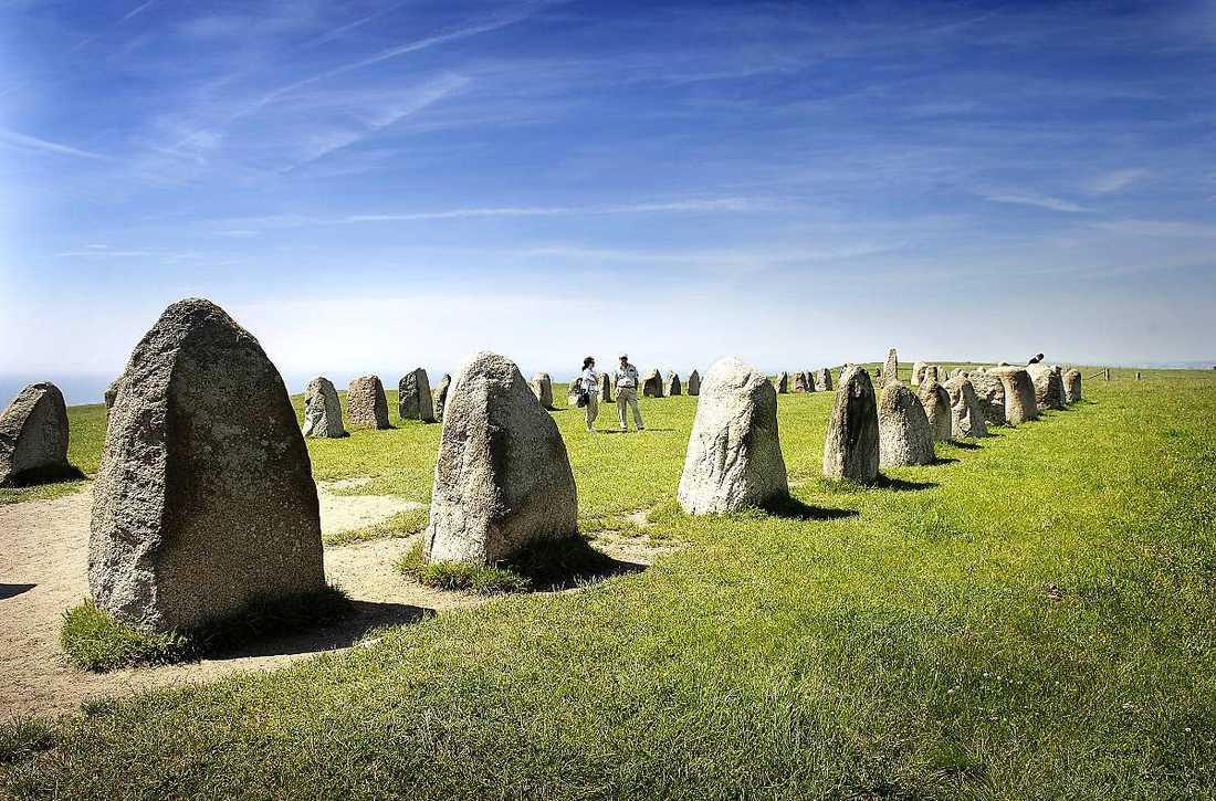 Från Ales stenar känns det som att man blickar ut över världen.