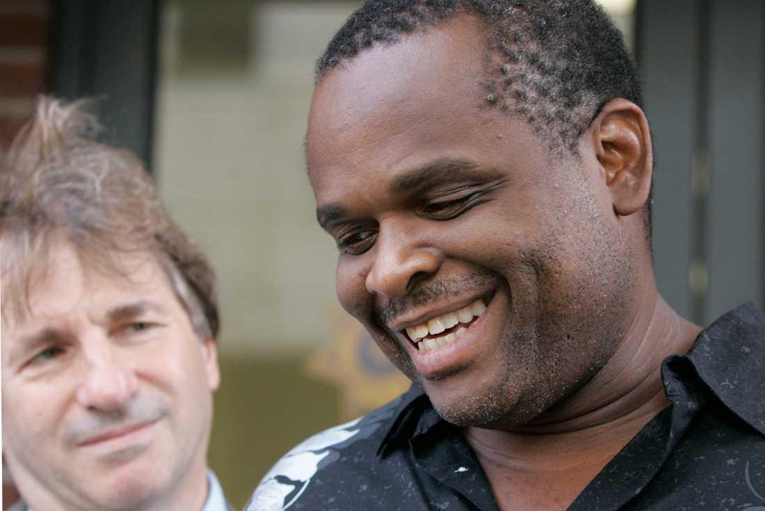 FRI - EFTER 12 ÅR Ronald Taylor fälldes för våldtäkt - nu har han släppts.