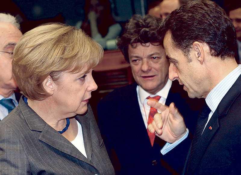 Enades till slut Tysklands förbundskansler Angela Merkel och Frankrikes president Nicolas Sarkozy under klimatförhandlingarna i EU. De enades om att EU ska minska utsläppen av växthusgaser med 20 procent.