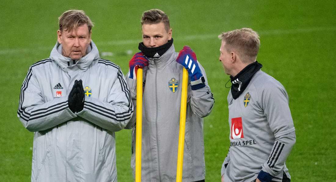 Peter Wettergren kliver fram då Janne Andersson är i karantän.